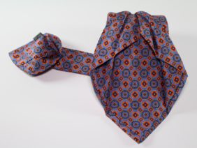 Seven fold silk twill tie