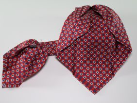 Seven fold silk twill tie - red