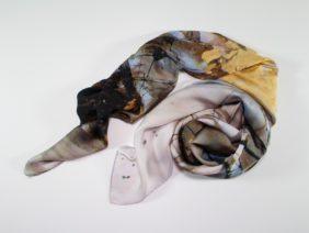 Silk scarf Chiriyuku by Midori Mccabe